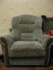 Кресло мягкое б/у в отличном состоянии