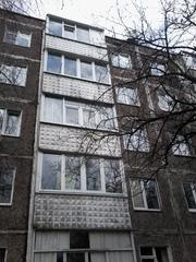 Продам 1-к квартиру по ул Космонавтов своя