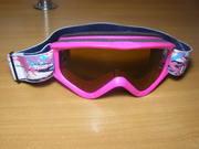 Лыжные очки фирмы UVEX