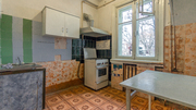 2- комнатная сталинка,  3-метра потолки,  в Центре,  Круг|Мазепы|Щорса